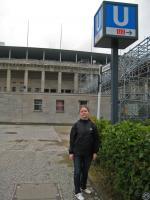 утро 18го, холод, пустой стадион и линия метро U2